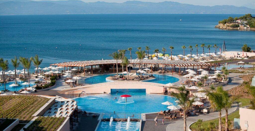 Miraggio-Hotel-Pool-Bar-1170x600